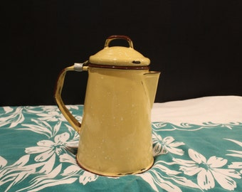 SALE Vintage Small Yellow and White Speckled Enamelware Camp Coffee Pot, Kettle, Hinged Lid, Rustic Cottage or Back Woods (K050)