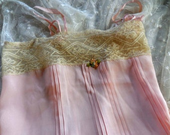 Treasury Item Vintage 1920s silk lace chemise pink ecru small/med camisole