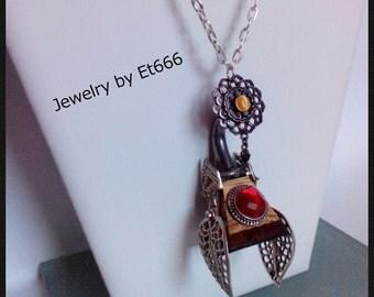Creative jewelry pendant wood. Extravagance