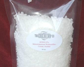 BTMS 25% Behentrimonium Methosulfate (and) Cetearyl Alcohol  16 oz