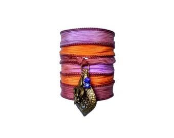 Lis Flower Bracelet