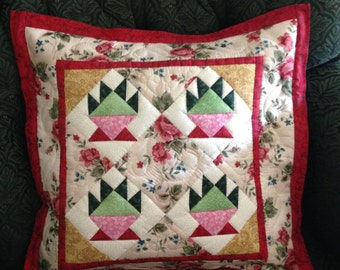 Cake patchwork with roses handmade quilted pillow cover