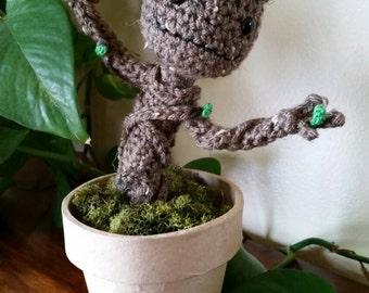 Baby Groot Amigurumi