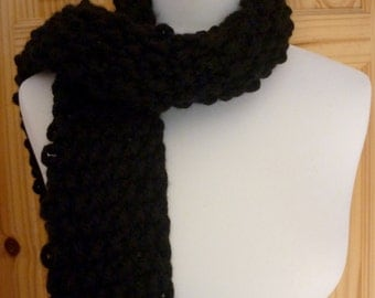 Chunky black winter scarf