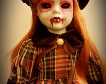 Meet Loraine-OOAK vampire girl from your worst nightmares!