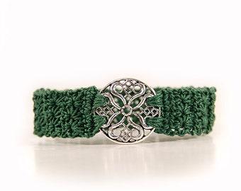 Crocheted bracelet - gothic jewelry - gothic bracelet - made to measure - green bracelet - crochet jewellery - ornament - silver