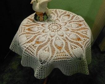 "Crochet Doily, Round Doily, White Doily, Pineapple Doily, 25"" Diameter"
