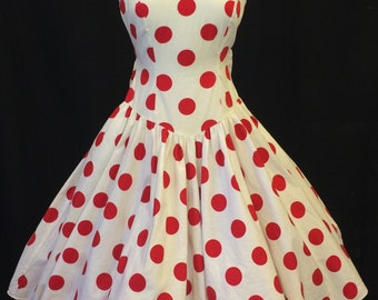 Vintage Red polka dots on white cotton full dress! 1980's does 1950's