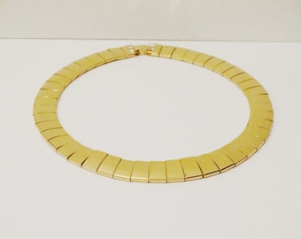 """Gold Tone Vintage 16.5"""" and 58g  Necklace"""