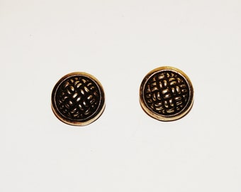 "Free Shipping Vintage Sterling 0.60"" Earrings."