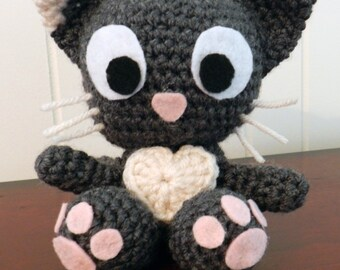 Frimouse the cat with a big heart