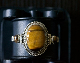 Fascinating TIGER'S EYE Silver Bracelet