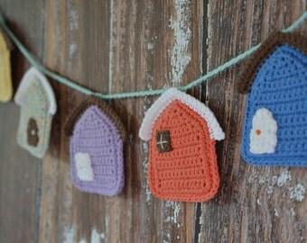 Little Houses Garland -- Housewarming Gift