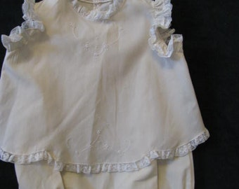 2 Piece Baby Girl Bubble/Romper with Top.  Size small