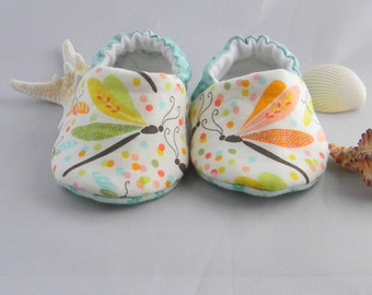 Dragonfly Baby Shoes, Baby Gift, Soft Soled Shoes, Toddler Shoes, Day Care Shoes, Crib Shoes, Moccasins