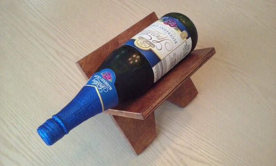The cradle a wine rack for small spaces Wine racks for small spaces pict
