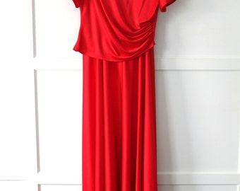 Handmade red dress w puff sleeves - princess costume - Sz 6