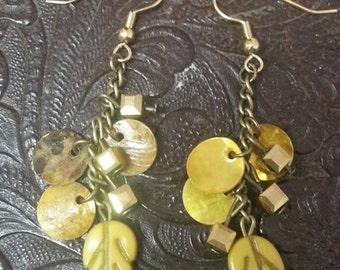 Gold Dangle leaf earrings