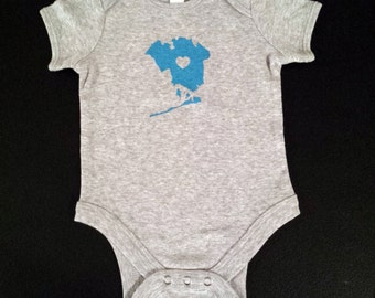 Baby Loves Queens NY Onesie - Blue