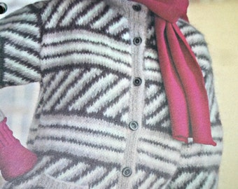 Cardigan Knitting Pattern with Pockets Women Sizes 32, 34, 36 and 38 Inches Bulky Weight Yarn Vintage Paper Original NOT PDF