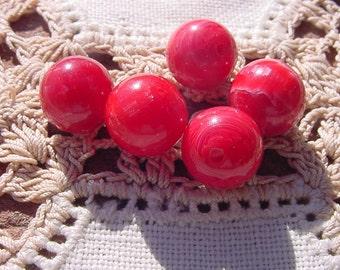 Cheery Cherry Red Striated Swirls Vintage Lucite Beads