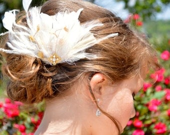 Champagne and Ivory Feather Statement Fascinator Comb Bridal Wedding Hair Piece