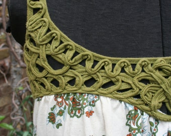 CLEARANCE was 14.00 Green and brown India paisley tank top XS