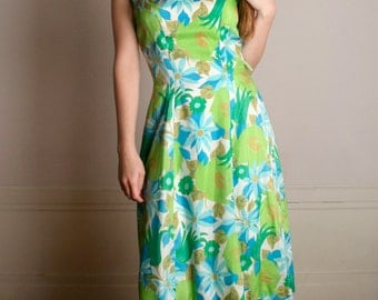 Vintage 1960s Dress - Garden Party Green Flower Print Silk Dress - Medium