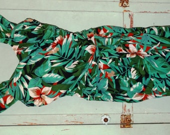 Vintage Hawaiian Tropical Pin Up Rockabilly Sweetheart Neck, by Robbie Bee Dress, Size 8, Pencil Style, 100% Cotton, Cruise Ship Dress