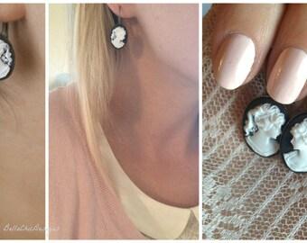 Emma Noir  - Cameo Dangle Earrings