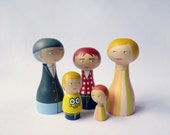 Wood Peg Family of 5 Portrait Dolls with one teenager FREE SHIPPING Personalized - Wooden hand painted father mother