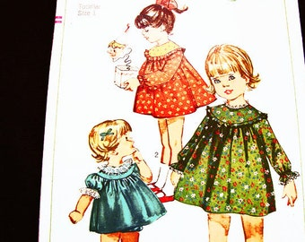 Toddler Dress Pattern size 1 Girls Dress Pattern with Panties Short Sleeve Dress or Long Sleeve Dress Sewing Pattern 1960s