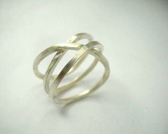 infinity sterling silver ring.