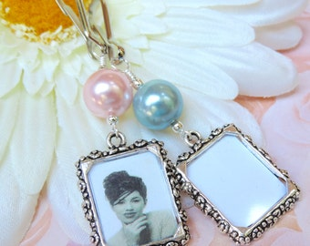 Wedding bouquet photo charm. Bridal bouquet charm. Something blue or pink Memorial photo charm. Gift for the bride. Bridal shower gift.