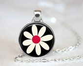 Daisy Changeable Magnetic Pendant Necklace with Organza Bag