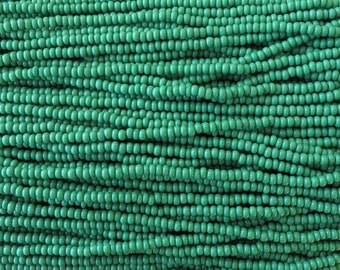 8/0 Opaque Green Czech Glass Seed Bead Strand (CW26)
