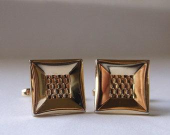 Hickok Mens Cufflinks,Goldtone Mens Vintage Cufflinks