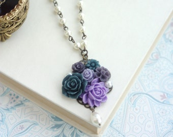 Blue and Purple Flower Necklace. Navy Blue, Purple, Ivory Pearls Rustic Inspired Necklace. Bridesmaids Gift, Purple Wedding, Something Blue