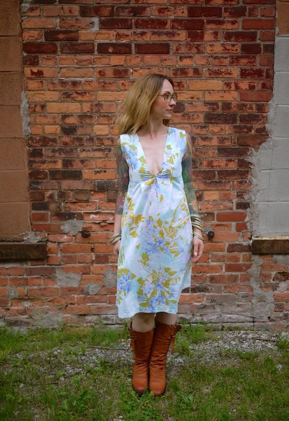 Vintage V Neck Floral Print Dress~Garden Dress with Pockets~Sleeveless Dress~Knee Length Dress~Casual Dress~Day Dress~Sexy Dress~Plus Size
