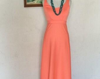 1970s Maxi Dress - Sleeveless Long Maxi Dress - 70's Boho Bohemian - Hippie - Summer Spring Dress - Easy Wear - Empire Waist - 34 Bust