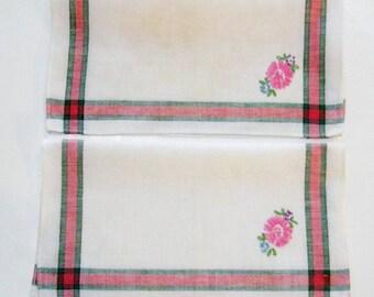Vintage Napkins Embroidered  Cloth Linen Tea Napkins Floral Botanical Pink Green Daisy Set of Two