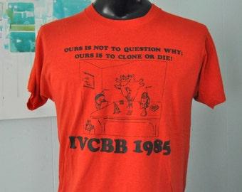 Cloning Tee IVCBB 1985 Vintage Tshirt Soft n Thin 80s Red Black Tshirt LARGE