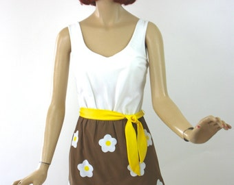Vintage 60s DeWeese Swimsuit Brown & White w Large Daisies Size 12 34 Bust Long One Piece Suit w Skirt