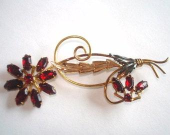 Ruby  Rhinestones  Flower Gold Tone Brooch.