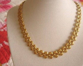 Chain Link Jewelry Necklace Gold Tone