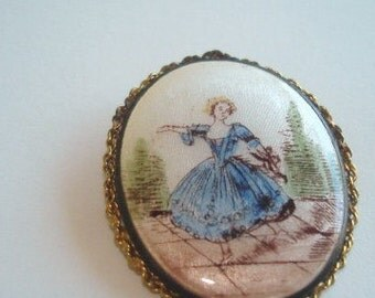 Vintage Jewelry Silk Enamel  Brooch Pendant Gold Tone