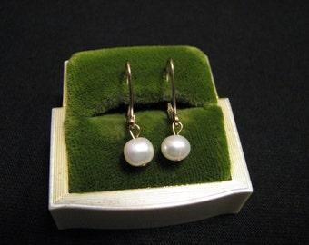 Vintage 14k Gold Filled Genuine White Pearl Beaded Dangle Pierced Earrings