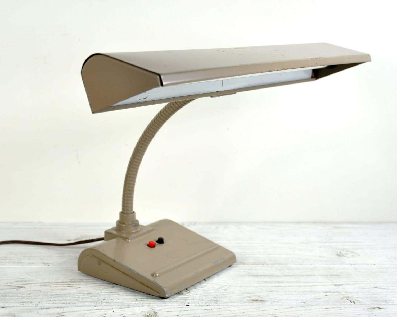 vintage desk lamp industrial metal lamp industrial lighting. Black Bedroom Furniture Sets. Home Design Ideas