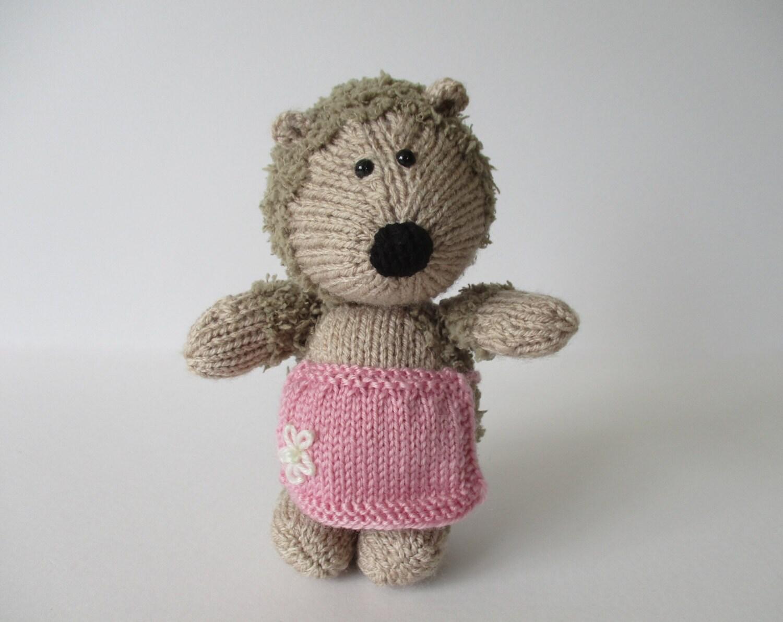 Hedgehog Toy Knitting Pattern : Gloria Hedgehog toy knitting patterns