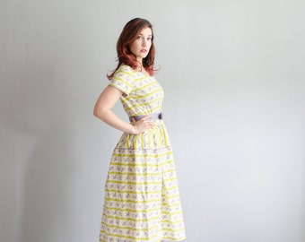 Vintage 1950s Dress - Floral 50s Dress - Unlikely Combination Dress